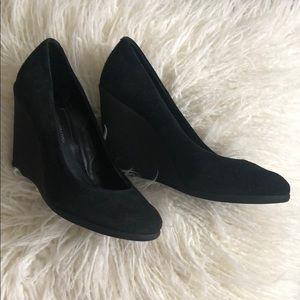BCBGeneration black suede platform shoes in 7.5